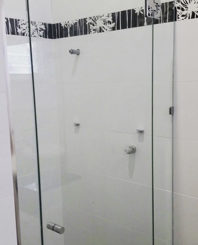 Bathroom mirrors queensland for Bathroom ideas qld